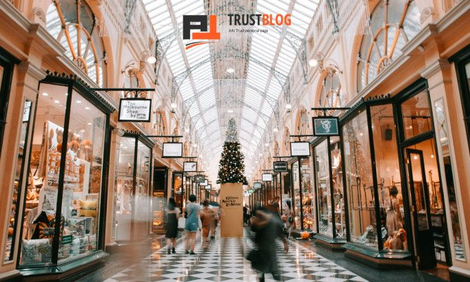 Service vs Sales: How to Make the Most of the Holiday Rush